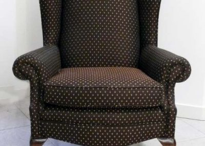 BrownWingChair