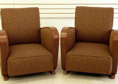 pair_gold_chairs